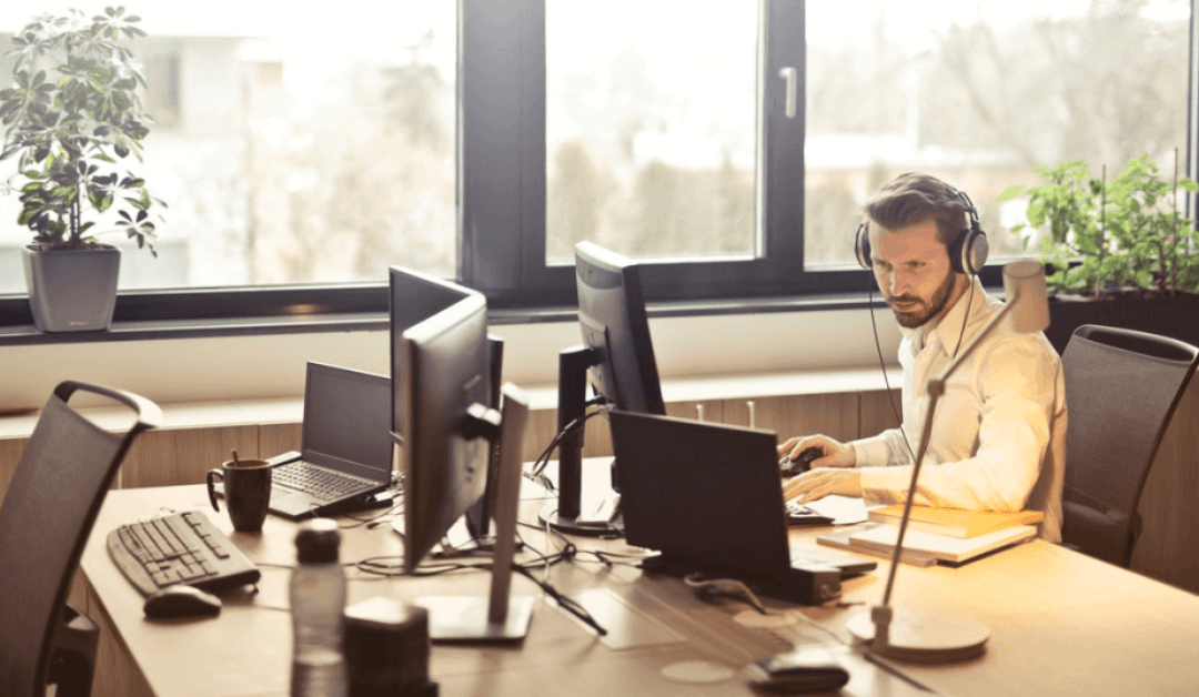 How a Hosted VoIP Phone System Grows With Your Business